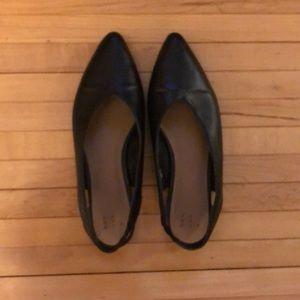 Black pointed toe sling back flats